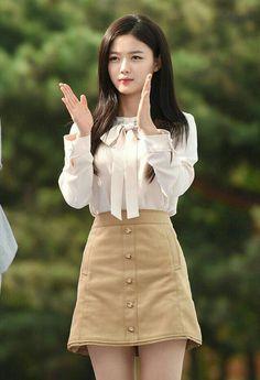 Pin by Andrea Angmen on Japanese/Korean fashion in 2019 Kpop Fashion, Girl Fashion, Fashion Dresses, Womens Fashion, Japanese Fashion, Asian Fashion, Korean Beauty, Asian Beauty, Kim Yoo Jung Fashion