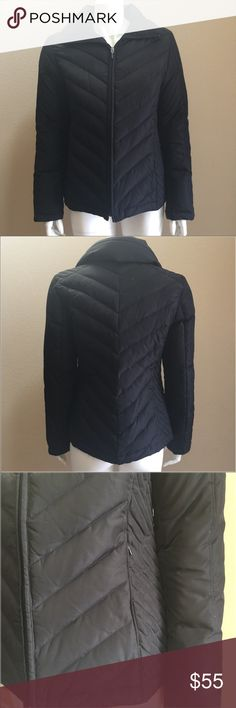 Kenneth Cole down puffer jacket size small 100% polyester, 60% down 40% feather water resistant 💥NOT WATER PROOF Kenneth Cole Jackets & Coats Puffers
