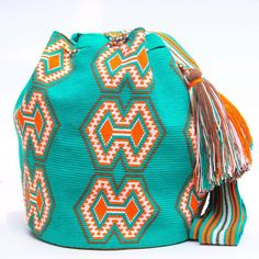 Hermosa Wayuu Bag - Woven One Thread - MOCHILAS WAYUU BAGS