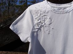 Alabama Chanin inspired simple white tee by farm and fru fru, via Flickr