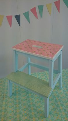 Ikea hack - Bekväm step stool. Ikea Step Stool, Step Stools, Diy Stool, Bekvam, Ikea Hack, Rainy Days, Diy Painting, Decoupage, Mosaic
