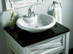 Simple Ways To Beautify Your Bathroom With Modern Bathroom Vanities – Bathroom Vanity Tips Bathroom Vanity Makeover, Rustic Bathroom Vanities, White Vanity Bathroom, Chic Bathrooms, Bathroom Sets, Small Bathroom, Bathroom Cabinets, Bathroom Furniture, Bathroom Interior
