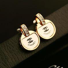 real gold chanel replica earrings by RIVALJewellery on Etsy Jewelry Accessories, Fashion Accessories, Fashion Jewelry, Jewelry Design, Chanel Jewelry, Luxury Jewelry, Chanel Bracelet, Bijou Box, Chanel Fashion