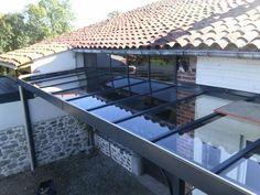 Auvent de terrasse verre / Réalisation sur mesure / Ferronnerie Bouzac Aussillon