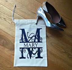 New to weheartcards on Etsy: Personalised Hostess Gift- For her  Drawstring Bag  Lingerie Bag  Custom Shoe Bag 100% Cotton Bag For Bestie For Mum For Daughter For Friend (8.50 GBP)