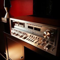 Pioneer SX-1980. Beautiful at any angle and in any light.  vintage reciever  https://www.pinterest.com/0bvuc9ca1gm03at/