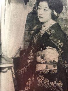 Tsukuba Yukiko (筑波雪子) 1906-1977, Japanese Actress