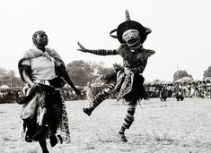 Luvale people of NW Zambia Tribal Dance, Tribal Art, African Masks, African Art, Congo, Plague Mask, Post Apocalyptic Costume, Traditional African Clothing, Steampunk Mask