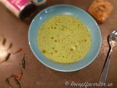 Grönkålssoppa med kokosmjölk