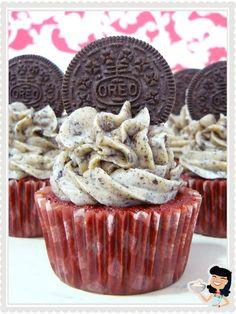 Rezept in Spanisch. Oreo Cupcakes, Yummy Cupcakes, Cupcake Cakes, Mini Cupcakes, Red Velvet Oreo Cake, Red Velvet Muffins, Ice Cream Cookie Cake, Cupcake Recipes, Dessert Recipes
