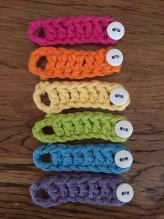 The headband was hand crochet… Crochet Rings, Crochet Cord, Easy Crochet, Free Crochet, Crochet Crafts, Yarn Crafts, Crochet Projects, Knitting Stitches, Knitting Patterns