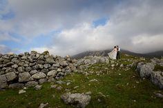 Skye Elopement Photograhy by Scottish Wedding Photographer - Lynne Kennedy#IsleofSkye #ElopementPhotography #ScottishElopements #Elopement