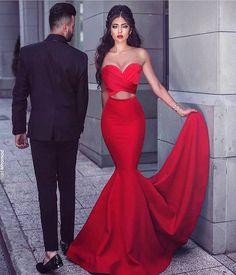 ���� #weddingdress #wedding #weddings #dugun #düğün #nikahelbisesi #elbise #evlilik #evlenmeteklifi #kinagecesi #kinalik #kınalık #nişan #nisanlik #dress #sweet #bindalli #bindallimodelleri #gelinlik #gelin #gelinlikmodelleri #gelinlikfotoğrafları #kizevi #supriz #gelintaci #gelinhakkindahersey #yüzük #ceyiz http://turkrazzi.com/ipost/1521212141532416253/?code=BUcbmIMDQj9