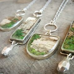 I love these organics and resin necklaces from April at April Hiler Design! Diy Jewelry Rings, Diy Jewelry Unique, Diy Jewelry To Sell, Jewelry Kits, Jewelry For Her, Diy Jewelry Making, Handcrafted Jewelry, Jewelry Crafts, Natural Jewelry