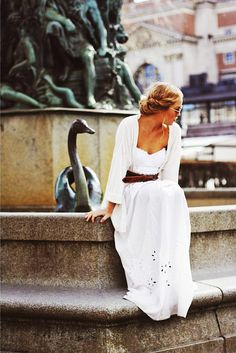 White dress; soooo love this!
