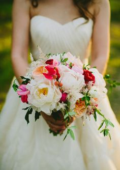red and white bridal bouquet | photo by Amber Vickery Photography | 100 Layer Cake