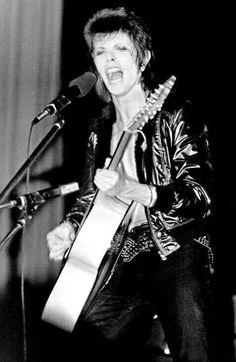 David bowie 1972 .