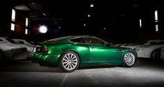 Illustre Aston Martins kommen in Newport Pagnell unter den Hammer | Classic Driver Magazine