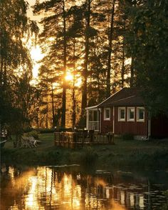 Holiday Here: A Romantic Lakeside Schoolhouse Inwards Sweden - We've had a few days of beautiful conditions inward Scandinavia. The plants, trees together with flowers bring outburst into life together with are al. Sweden Holidays, Beautiful World, Beautiful Places, Swedish Cottage, Sweden House, Lake Cottage, Scandinavian Home, Cabins In The Woods, Cabins And Cottages