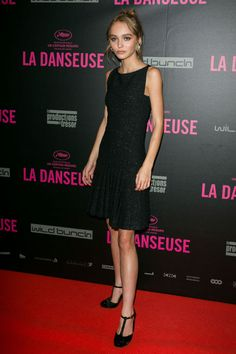 19 September Lily-Rose Depp wore a simple black dress for the premiere of The…
