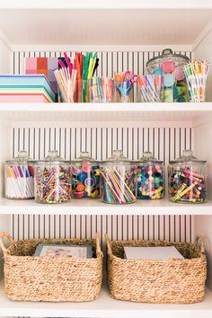 Toy Rooms, Craft Rooms, Craft Room Decor, Study Room Decor, Bedroom Crafts, Kid Decor, Craft Desk, Craft Organization, School Room Organization
