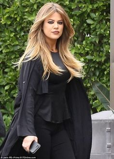 Kim and Khloe Kardashian have a glam-off in black #dailymail