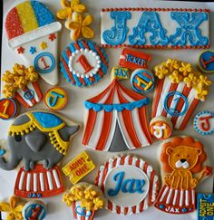 Done in felt would be cute - Carnival Party Cookies! Done in felt would be cute - # Circus Carnival Party, Circus Theme Party, Carnival Birthday Parties, Circus Birthday, Circus Food, Birthday Ideas, Circus Wedding, Carnival Costumes, 3rd Birthday