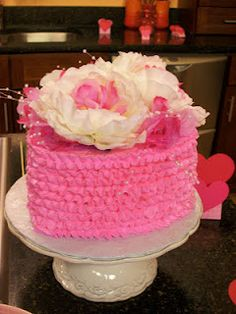 Pink ruffle cake for Valentine's Day!