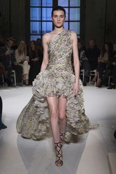 Giambattista Valli | Haute Couture - Spring 2017 | Look 19