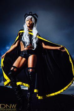 'Heroines Over Honolulu' Storm Cosplay Male Cosplay, Cosplay Costumes, Halloween Costumes, Storm Cosplay, Amazing Cosplay, Look Alike, Dress Up, Punk, Heroines