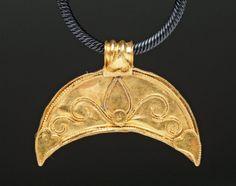 Ancient Roman 24K Gold Lunar Pendant http://www.artemisgallery.com/Ancient-Roman-24K-Gold-Lunar-Pendant.html ca 100 - 300 AD