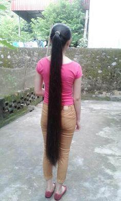 Long Ponytail Hairstyles, Long Hair Ponytail, Braids For Long Hair, Indian Hairstyles, Girl Hairstyles, Long Silky Hair, Long Black Hair, Long Indian Hair, Dehati Girl Photo