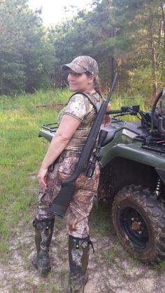 """Learning How to """"Gear Up"""" for Hunting"""