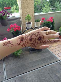Henna - made ny a friend of mine Henna, Tattoos, Tatuajes, Tattoo, Hennas, Japanese Tattoos, Tattoo Illustration, A Tattoo, Time Tattoos