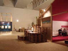 25th AMADORA BD exhibit design by GBNT, Brandoa   Portugal pallet installation exhibition