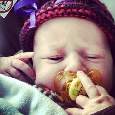 Oh sure, give your mom the finger. Baby Humor, Funny Babies, Finger, Mom, Children, Young Children, Boys, Fingers, Kids