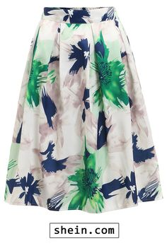 Adorable skirt! Very cute for a wedding guest or spring/summer date night!