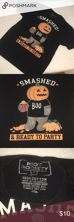 Mens Fun Halloween Shirt 🎃 'Smashed but ready to party' black short sleeve T. Good condition.. super soft. 100% cotton. Mens size Lg riot society Shirts Tees - Short Sleeve