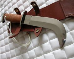 Corvo Knife Typically used in Chile, and incorporated in the arsenal of the Chilean commandos