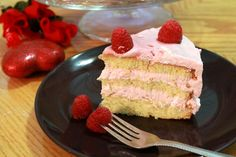 Vanilla Sponge Cake with Raspberry Mousse - a birthday special !!