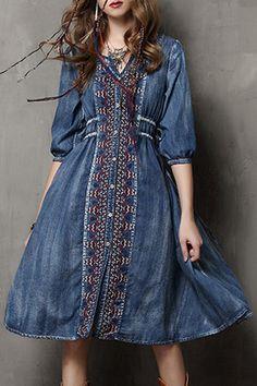 Embroidered Single-Breasted Midi Denim Dress BLUE: Bohemian Dresses | ZAFUL
