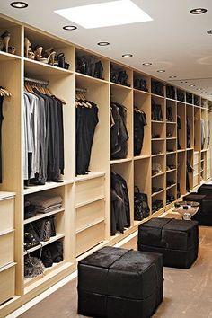 Un perfecto vestidor para compartir con tu pareja ¿o no? #BrandsSociety #vestidor #closet
