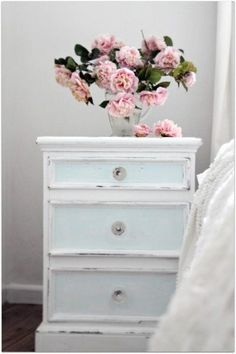 Shabby Chic bedroom - sky blue night stand and soft pink floral. #Serenity #RoseQuartz #ColoroftheYear @pantonecolor
