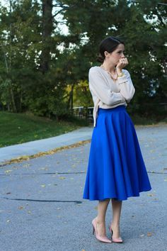 DIY Midi Full Circle Skirt - FREE Sewing Tutorial | this looks like a fun skirt