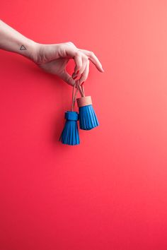 Leather-pompon tassel-diy- Mamie Boude