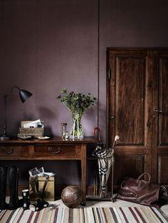 Vintage + purple walls & wood