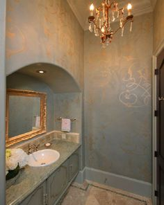 Gold Flower Wallpaper Design For Bathroom 2115