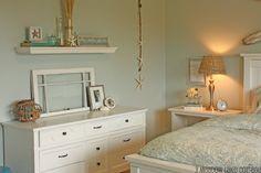 beach bedroom - white furniture