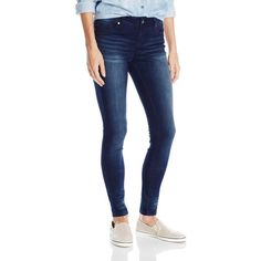 Wallflower Junior's Ultra Luxe Skinny Jegging Jean ($30) ❤ liked on Polyvore featuring jeans, slimming jeggings, mid-rise jeans, slim fit jeans, skinny leg jeans and slim jeans