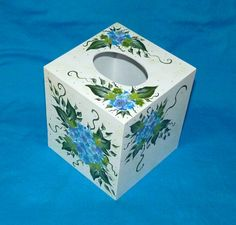 Elegant Hydrangea Tissue Box Cover Hand Painted Wood Boutique Tissue Box Holder Custom Hydrangeas Gift